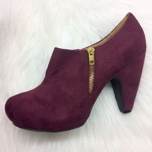 c5719d9363d Mix No. 6 Shoes - NWOB Mix NO. 6 Karin Bootie in Bordeaux Size